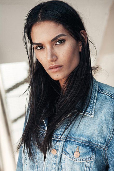 Aline Lima (58)