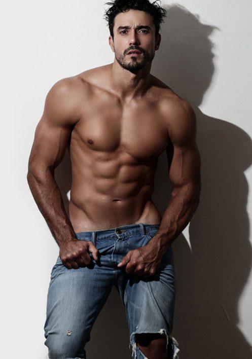 LUCAS GIL (41)