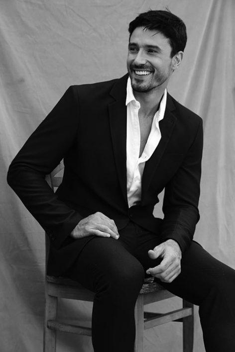 LUCAS GIL (44)